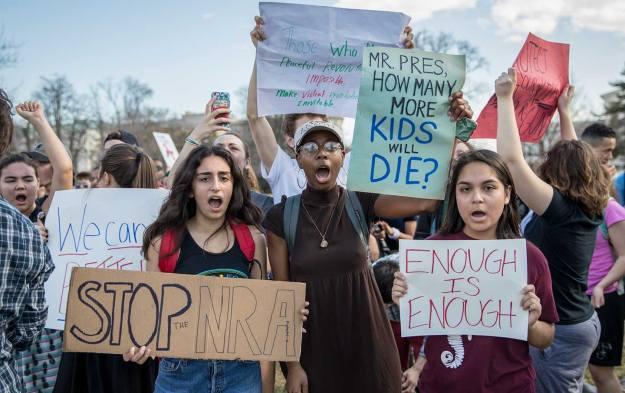 Parkland-Protest-AP-img